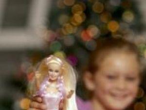 Celebra şi populara păpuşă Barbie a generat vânzări impresionante. Foto: Jupiter Images