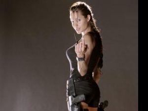 Angelina Jolie nu va mai fi Lara Croft