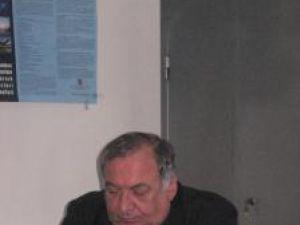 Directorul AJOFM Constantin Şuvăr