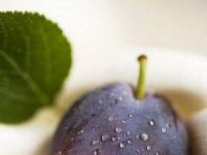 Prunele conţin antioxidanţi. Foto: FoodCollection