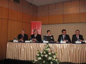 2005 - 2012: E.ON România, investiţii de aproape două miliarde de lei în gaz şi energie electrică