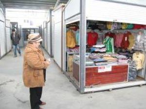 Iniţiativă: Propunere PSD de reducere cu 20% a chiriilor plătite de bazarişti
