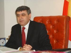 Marian Ionescu îl înlocuieşte astfel în funcţie pe Neculai Costriş