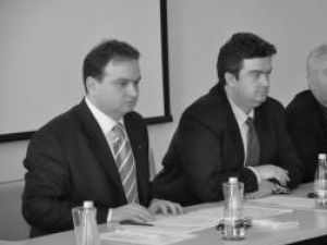 Iulian Băncescu, deputatul Cătălin Nechifor, Mihai Frunză