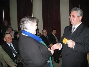 Ion Lungu a înmânat carnetele de membru PD-L celor care s-au înscris în ultima perioadă în partid