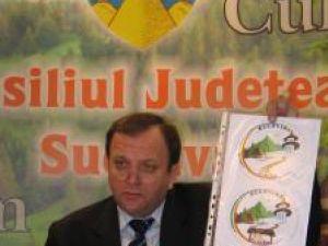 """Gheorghe Flutur: """"Această siglă reprezintă turismul cultural, turismul montan, tradiţiile şi autenticitatea obiceiurilor, dar şi simbolul autenticităţii"""""""