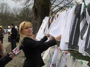 Elena Udrea şi-a cumpărat patru ii de la Mănăstirea Humorului