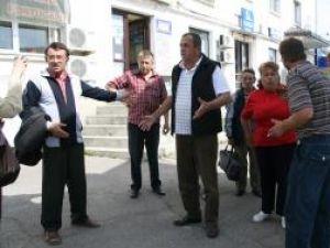 Conflictul a izbucnit între un grup de 11 bolnavi de insuficienţă renală şi firma privată DMV Suceava