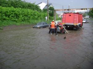 O ploaie mai serioasă bagă Suceava la apă