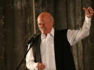 Maestrul Tudor Gheorghe a adus muzica de mahala pe scena Casei Culturii din Suceava