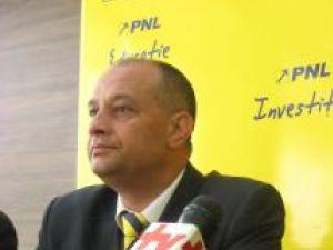 """Băişanu spune că la Suceava trebuie relansată lupta politică, prin """"atacuri violente şi radicale împotriva mafioţilor politici"""""""