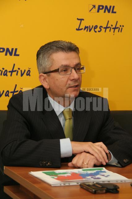 Susţinere: Rozopol crede că Alexandru Băişanu ar fi cel mai potrivit pentru şefia PNL Suceava