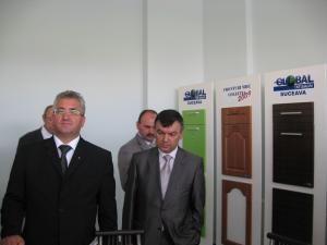 Târgul meşterilor populari a fost deschis ieri pe platoul Cetăţii de Scaun a Sucevei