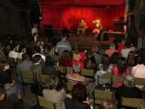 Eveniment: Concert folk în Cetatea Sucevei