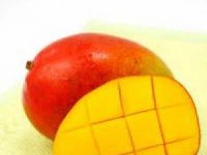 Fructul de mango, potrivit pentru prepararea de mâncăruri dietetice şi sănătoase. Foto: ALAMY
