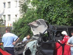 Dramă: Trei morţi şi patru răniţi, după un teribil accident