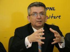 """Philip Rozopol: """"Alexandru Băişanu şi-a arătat de mai multe ori disponibilitatea de a colabora cu preşedintele PD-L Suceava, Gheorghe Flutur"""""""