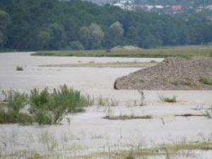 Pagube: Furnizarea apei potabile în Fălticeni ar putea fi restricţionată