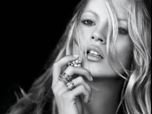 Kate Moss va lansa o companie de divertisment care va concura gigantul Disney