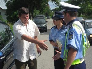 Pe DN 2: Şosele împânzite de poliţişti, până la sfârşitul lui august