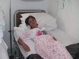 Angela M., din Gura Humorului, a fost plimbată peste 18 ore între patru spitale din Iaşi