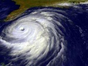 Sateliţii pot detecta primul val al unui tsunami