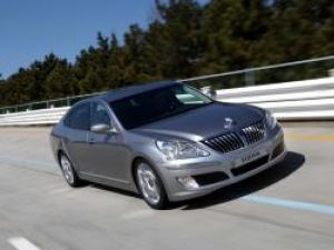 Hyundai Equus limuzina care vrea să bată S-Klasse
