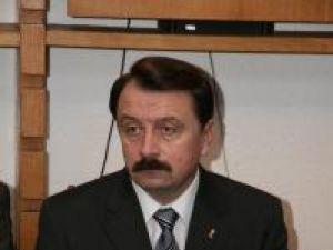 Vasile Ilie şi Vasile Rîmbu riscă să piardă sprijinul politic al partidului care i-a propulsat în funcţii