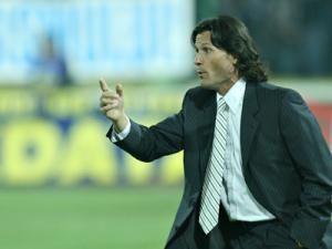 """Nicolo Napoli: """"A fost un meci echilibrat, decis de două greşeli colective ale defensivei noastre"""". Foto: MEDIAFAX"""