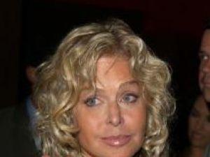 Farrah Fawcett i-a lăsat averea de şase milioane de dolari fiului ei, Redmond O'Neal