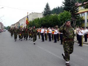 """Batalionul 17 Vânători de Munte """"Dragoş Vodă"""" a sărbătorit 70 de ani de la înfiinţare"""