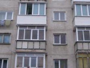 Blocurile reabilitate termic vor avea obligatoriu balcoanele închise