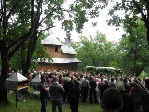 Schitul Mănăstioara este unul dintre cele mai vechi lăcaşuri de închinăciune din judeţ