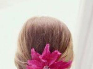 Florile sunt cele mai vechi ornamente pentru păr. Foto: ZEFA
