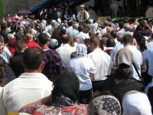Mii de credincioşi au participat la hramul Mănăstirii Putna