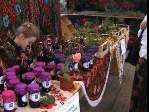 5- 6 septembrie: Festivalul Fructelor de Pădure, la Coşna