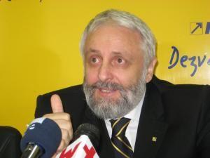 Campanie: Pretendenţii la şefia PNL Suceava se prezintă miercuri în faţa votanţilor