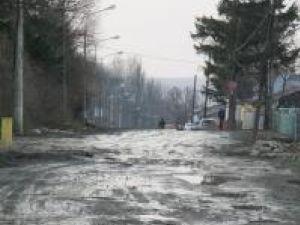 Strada Cernăuţi, închisă de peste 12 ani circulaţiei rutiere, va fi refăcută şi dată în folosinţă până în vara anului viitor