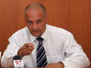 Amputare: Băişanu a ras 23 de membri din delegaţia Sucevei la alegerile PNL