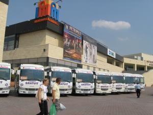 Autocarele care asigură transport gratuit la Iulius Mall
