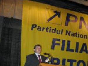 Antonescu: PNL nu va accepta traseiştii care aleargă după funcţii