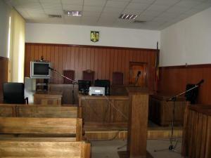 Săli de judecată goale şi termene în noiembrie la procesele de astăzi