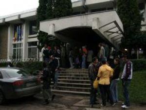 Peste 2.000 de studenţi au depus cerere pentru un loc în căminele Universităţii Ştefan cel Mare, dar numai 846 îl vor obţine