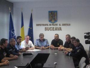 Pirotehniştii suceveni, în frunte cu şeful lor, comisarul şef Vasile Nistor, au obţinut o recunoaştere internaţională a pregătirii lor