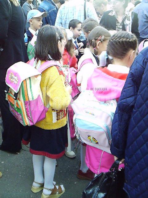 În multe unităţi de învăţământ nu se vor organiza ceremonii oficiale de deschidere a anului şcolar