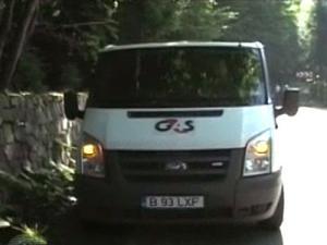 Maşina de transport valori a fost atacată, ieri dimineaţă, într-o zonă izolată din Pasul Gutâi. Foto: stirileprotv.ro