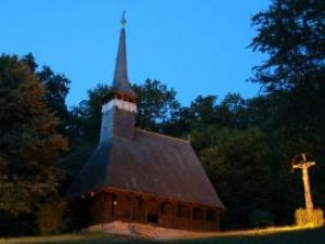 """Biserica din Dumbrava Sibiului este supranumită """"Capela Sixtină"""" a bisericilor din lemn. Foto: Ovidiu SOPA"""
