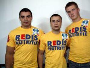 Radu Cîrdei, Dorin Tofănescu şi Adrian Laurus (de la stânga la dreapta) au participat la Mondialele de skandenberg