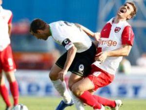 Meciul de la Mediaş a fost extrem de disputat şi cu faze controversate