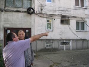 Apartamentele aflate la parterul blocurilor, ţinta predilectă a hoţilor